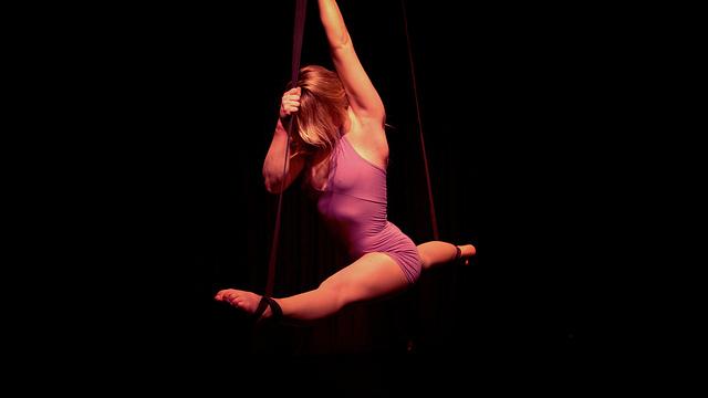 danza aerea firenze