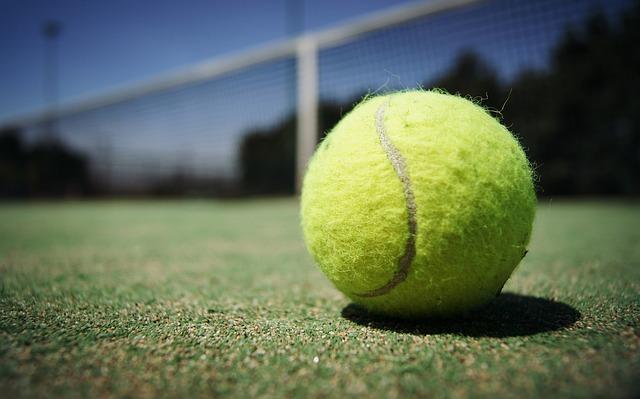 massaggio palla tennis